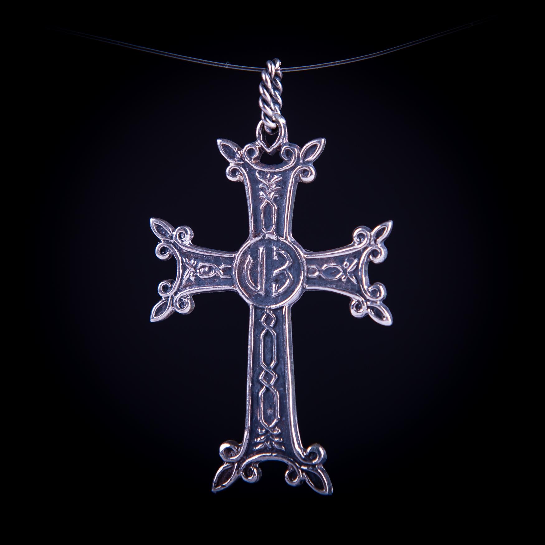 003/0169 Silver Armenian cross