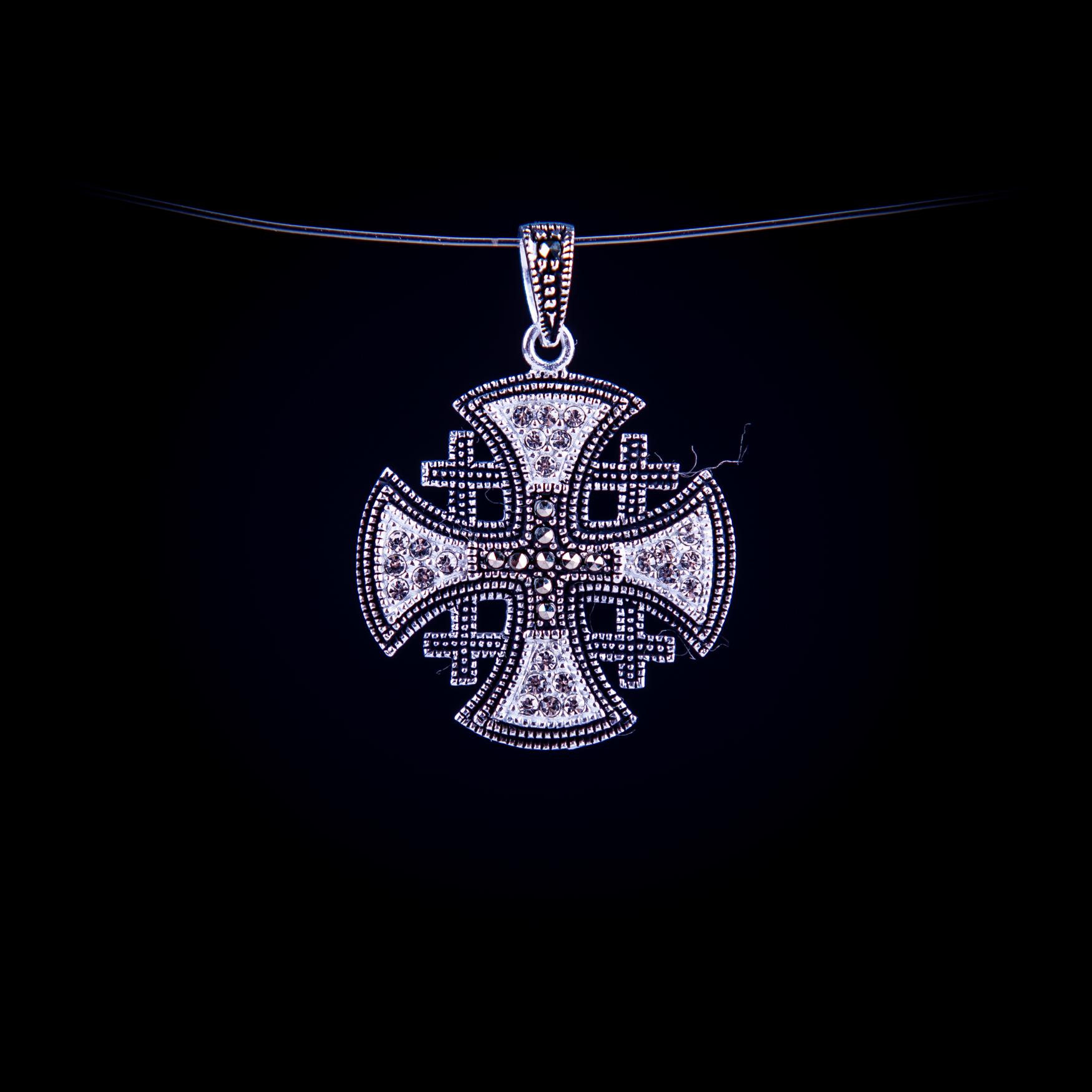 003/0209 Silver jerusalem cross